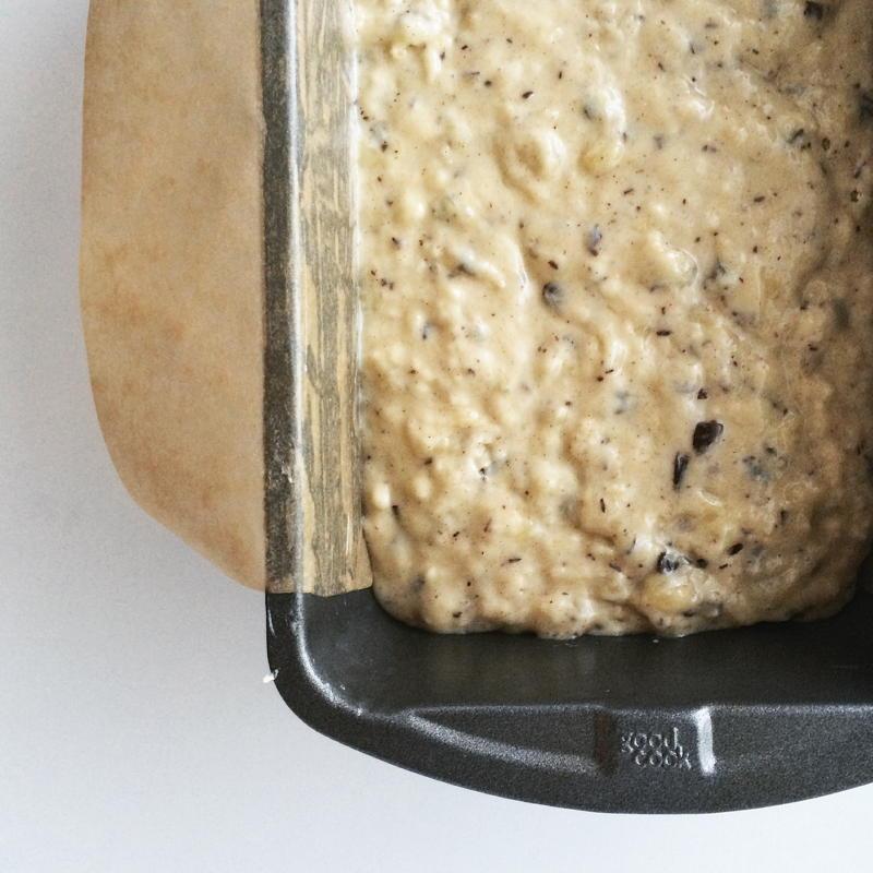 chocolate flecked banana bread   www.nyssaskitchen.com