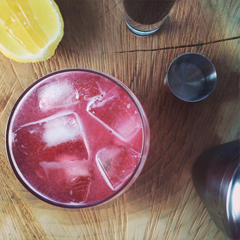 raspberry vodka lemonade | www.nyssaskitchen.com