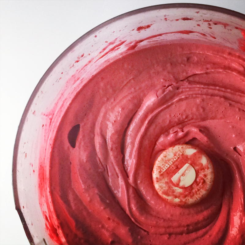3 ingredient raspberry mousse | www.nyssaskitchen.com