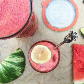 super easy watermelon lime juice | www.nyssaskitchen.com