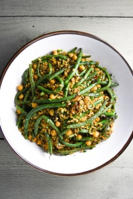fried brown rice with curried chickpeas, green beans and herbs | www.nyssaskitchen.com