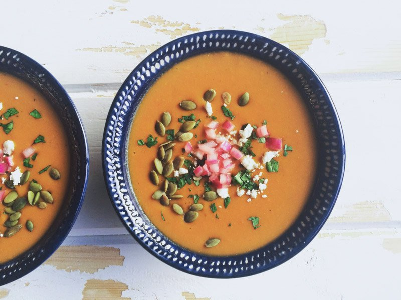 autumn carrot soup with pickled red onions | www.nyssaskitchen.com