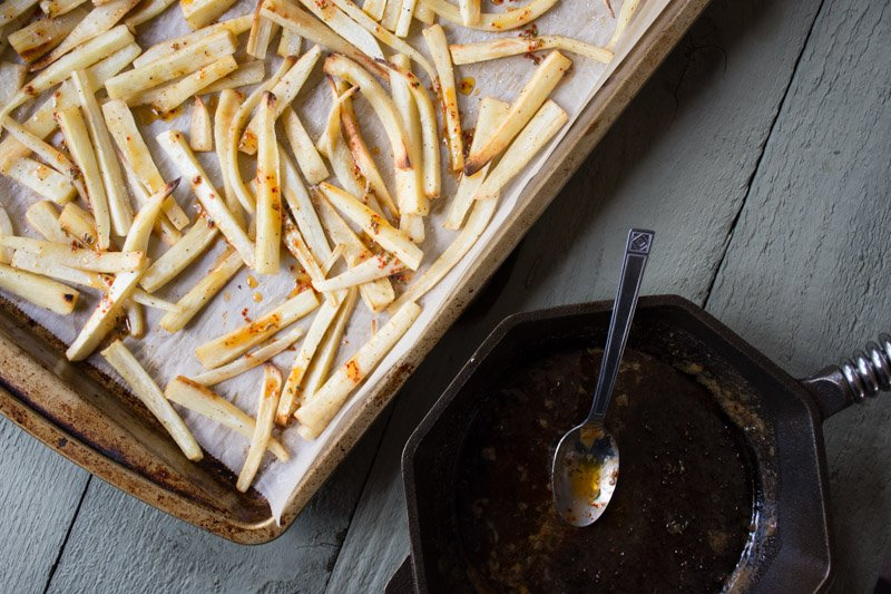chili, honey & thyme glazed parsnips | www.nyssaskitchen.com