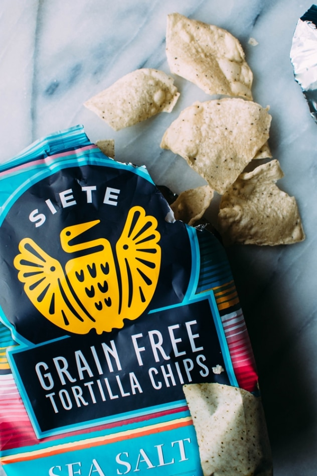 Siete foods grain free tortilla chips for paleo pimiento cashew cheese dip. The perfect whole food + dairy free swap for a southern classic!