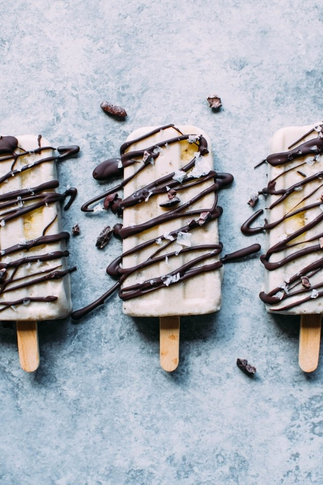 Salted banana date popsicles are an amazing paleo and vegan frozen treat that are made with a few simple and healthy ingredients!