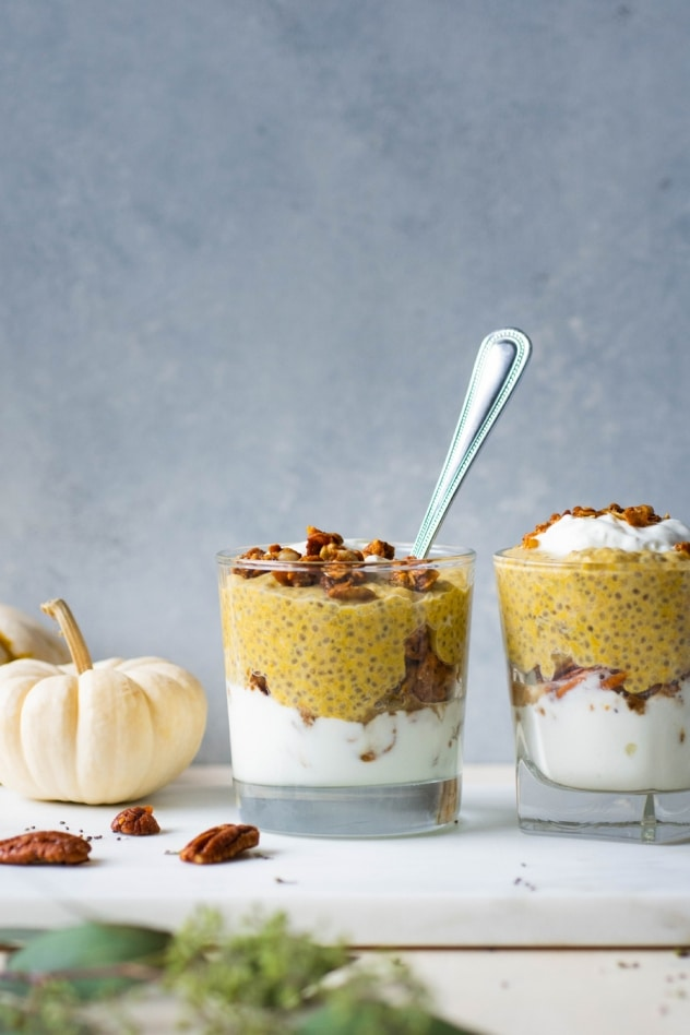 This easy pumpkin pie chia pudding is paleo, vegan, and keto/low carb friendly! Made with creamy coconut milk, real pumpkin, and just the right amount of pumpkin pie spice for a healthy and easy pumpkin inspired autumn breakfast!