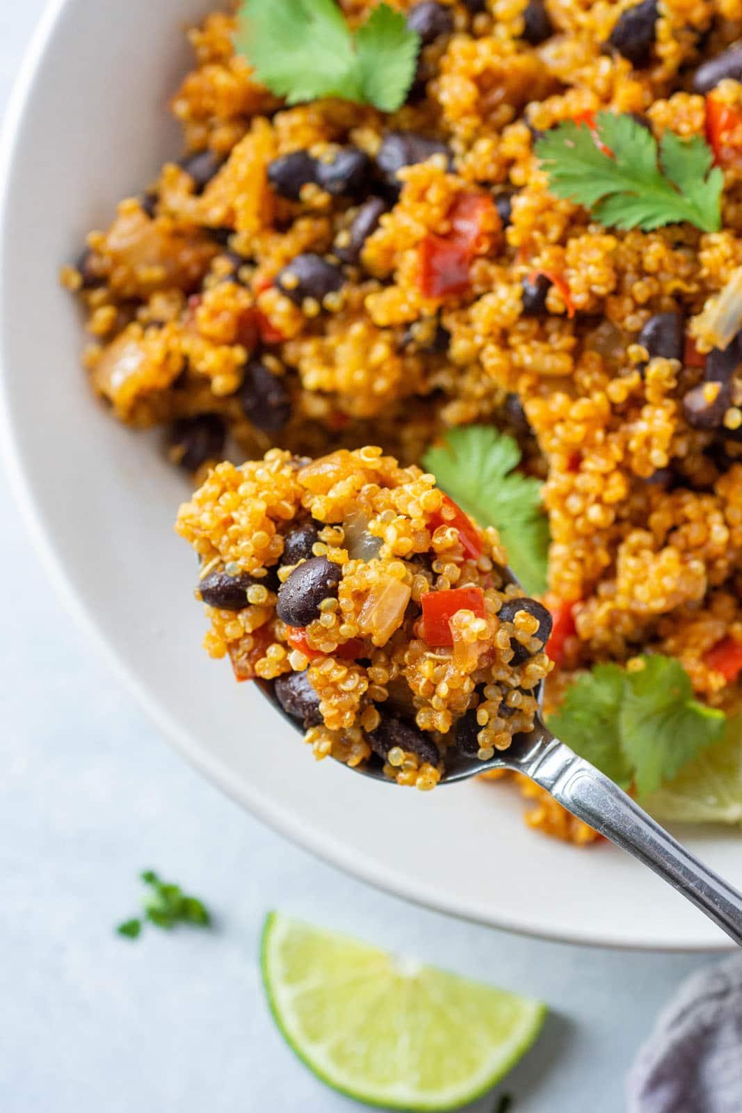 One Pot Southwest Quinoa And Black Beans Gluten Free Vegan Nyssa S Kitchen
