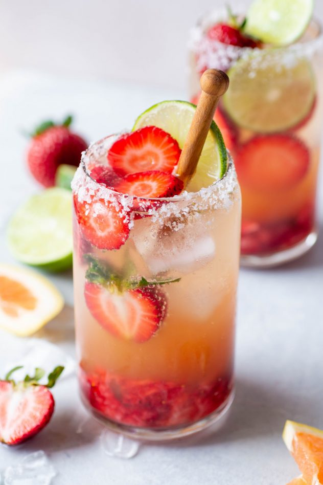 Strawberry Grapefruit Sparkling margaritas (9 of 10)